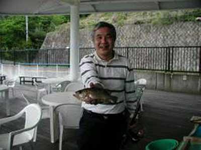 2009年5月3日(日)メバルの27cmを釣られました