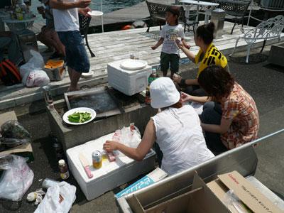 2008年7月30日(水)女性の方は調理を開始です