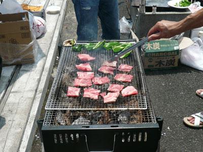 2008年7月30日(水)炭で焼く肉は最高!