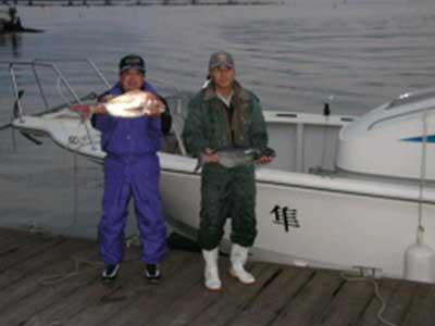 2008年11月24日(月)マリーナより出船されマダイ・メダイを釣られました