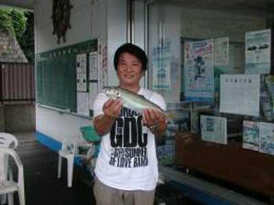 2009年8月8日(土)鯵の40cmを釣られました