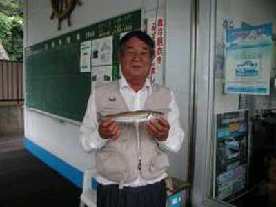 2009年8月31日(月)キスの28cmを釣られました