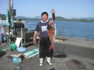 2010年5月16日(日)鯛の81cmを釣られました