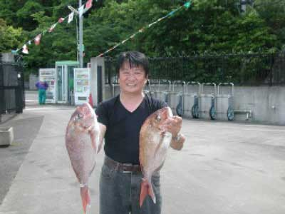 2010年6月5日(土)鯛の57cmを釣られました