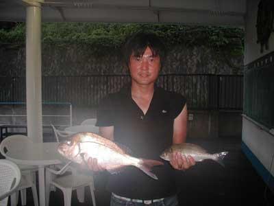 2010年7月20日(月)若狭湾で鯛やイサキを釣られました