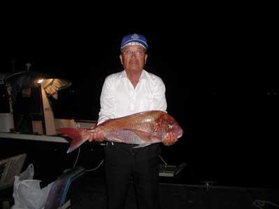 2010年9月26日(日)若狭湾で鯛の74cmを釣られました
