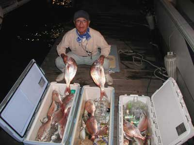 2010年10月17日(日)若狭湾で鯛の50cmを釣られました