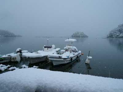 2010年1月4日(月)舞鶴は吉田の入り江で新年の様子です