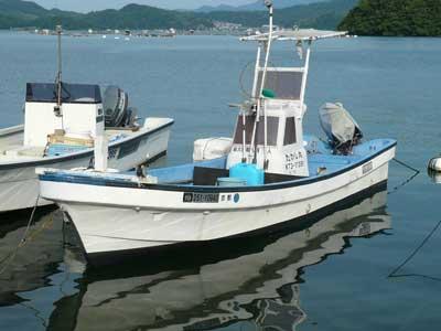 2010年8月15日(日)アオイマリーナから係留場所でもある吉田の入り江に到着しました